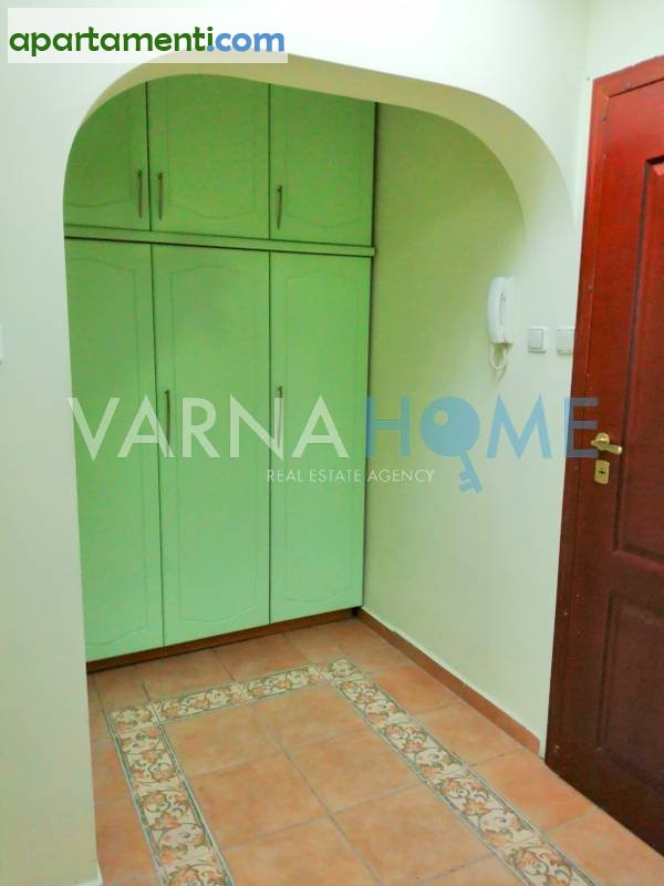 Четиристаен апартамент Варна Център 24