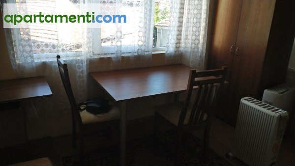 Самостоятелна стая, Пловдив, Център 3
